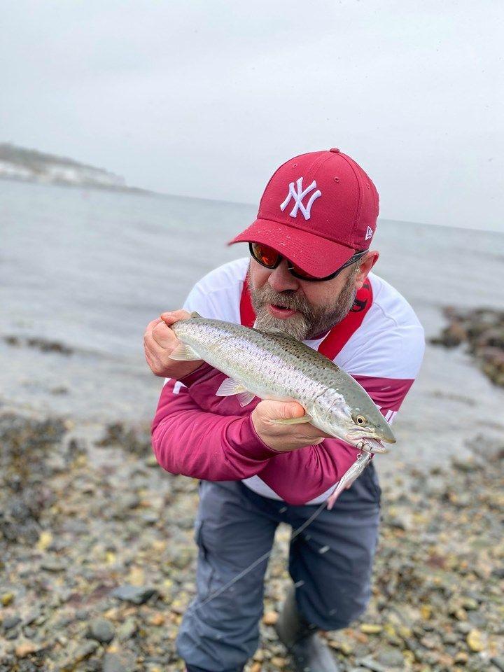Sjøørretfisker i Østfold.  (video)